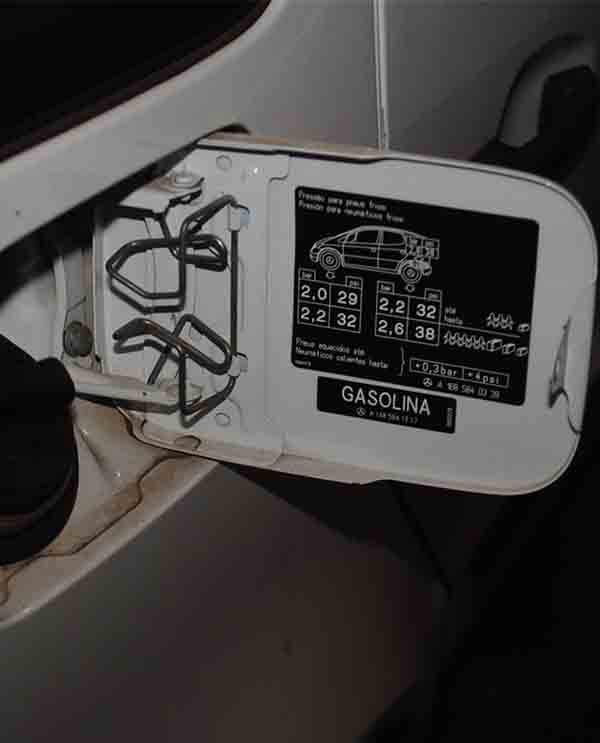 Como olhar informações de calibragem do carro